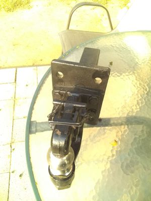 Tow hitch for Sale in Reedley, CA