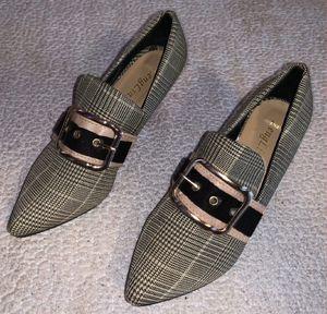 Heels size 7 for Sale in Burlington, NC