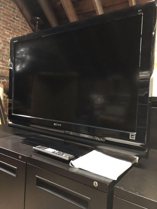 Sony Bravia LCD Digital TV