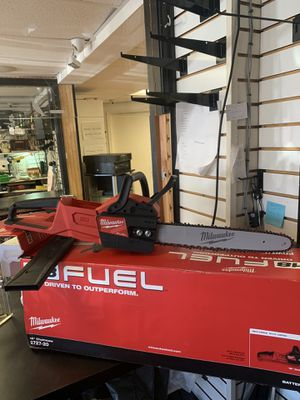 """Milwaukee 2727-20 M18 Fuel 16"""" Chainsaw (Tool Only) for Sale in Morrisville, PA"""