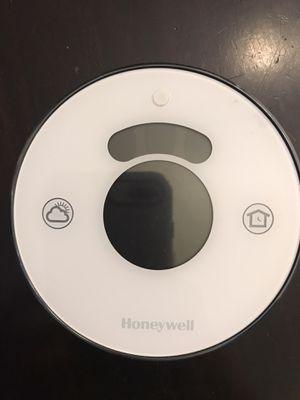 Honeywell Lyric wifi thermostat for Sale in Homestead, FL