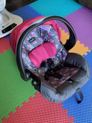Evenflo Embrace Infant Car Seat - $50 for Sale in Arlington, TX