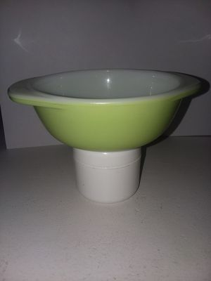 Pyrex Lime Green 080 Casserole Dish for Sale in Chino, CA