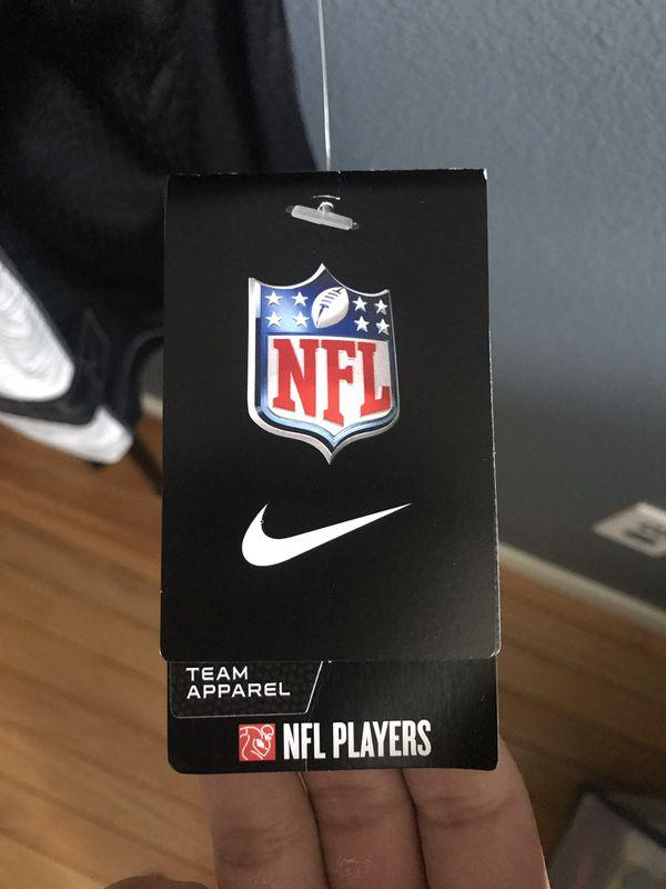 NEW Nike New England Patriots Gronkowski #87 jersey ($160) sz L