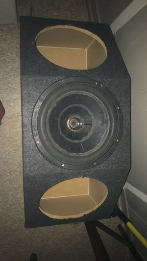 3 12s subwoofer box for Sale in undefined