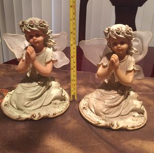 Very beautiful in and Antique set $$25 for Sale in Providence, RI