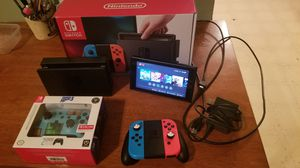 Nintendo switch bundle with wireless controller and screen protector for Sale in Stockbridge, GA