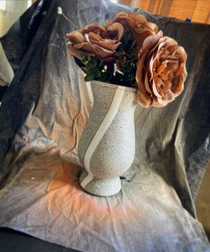 "Custom ""Aged Stone"" flower vase! ✨ for Sale in Salinas, CA"
