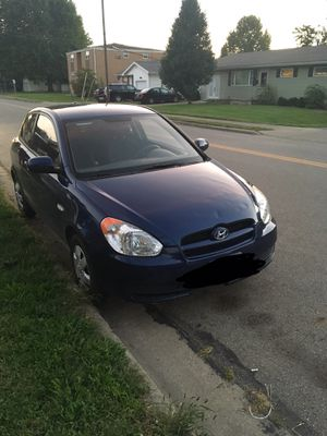 2010 Hyundai accent for Sale in Circleville, OH