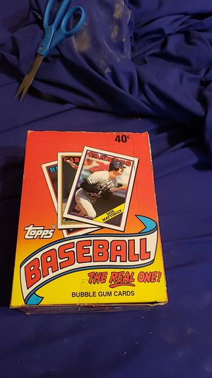 Baseball Cards. 1988 Topps Bubble gum cards. 36 count unopened. for Sale in Fort Worth, TX