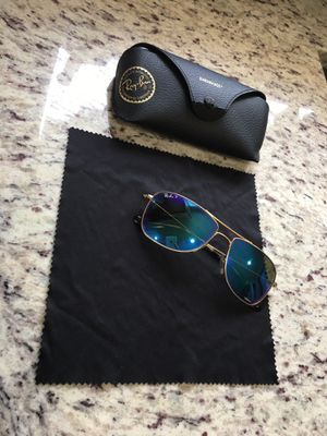 Ray ban sunglasses for Sale in Lakewood, CO