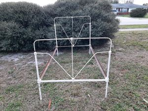 Antique Iron Twin Bed frame Headboard, Foot and Rails. for Sale in Deltona, FL