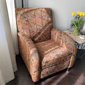 Recliner chair for Sale in Portland, OR