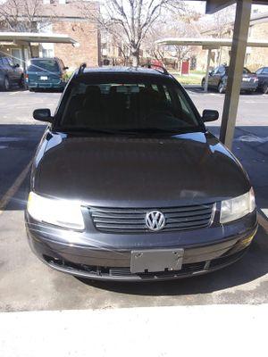 2001 VW passat hatchback 4 cylinder turbo for Sale in Salt Lake City, UT
