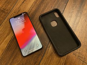 iPhone XS Max 256gb Gold Verizon unlocked for Sale in Midland, NC