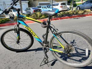 Giant bike for Sale in Fullerton, CA
