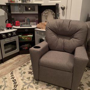 Toddler/kids Grey recliner for Sale in Burlington, NJ