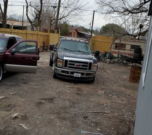 Ford f350 tow truck for Sale in Houston, TX