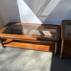 Coffee table set for Sale in Columbus,  OH