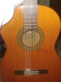 Yamaha Acustic Guitar for Sale in Los Angeles,  CA
