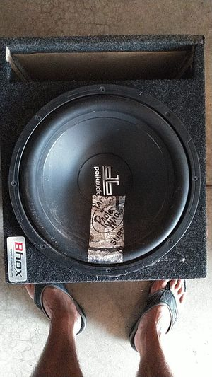 Polk audio 12 in speaker works perfect just has slight crack I'm plastic cone box great condition the brand of the box is Bbox ported box for Sale in Joliet, IL