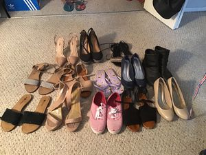 12 Female shoes Size 8 and 8 1/2 for Sale in Miramar, FL