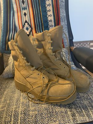 Military service boots Sz 7.5 Men's for Sale in Virginia Beach, VA