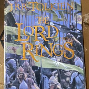 Lord Of The Rings Hardback Trilogy Gift Set for Sale in Oakland, CA