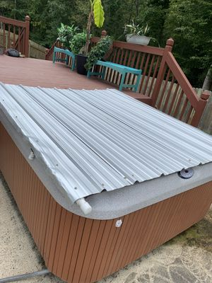 Hot tub cover DOG PROOF 76x84 for Sale in Virginia Beach, VA