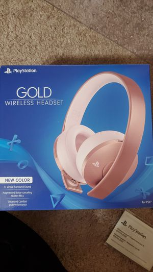Playstation 4 Gold Wireless Headset in Rose Gold for Sale in Federal Way, WA