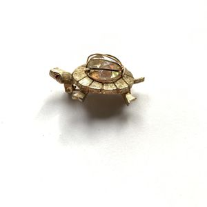 Playful vintage brooch of a turtle! for Sale in Stanton, CA