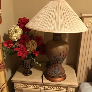 Gorgeous Lamp And Vase With Flowers for Sale in Cupertino, CA