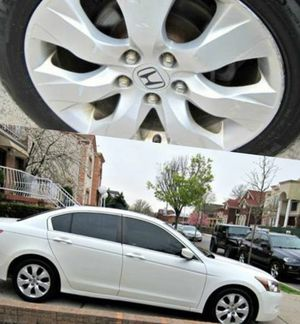 Great Shape. 2010 accord Honda FWDWheels for Sale in Sioux Falls, SD