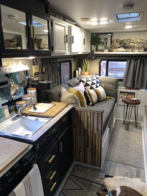 1992 Fleetwood Wilderness: Tiny House, Guest house, Rv, camper, backyard retreat for Sale in San Diego, CA