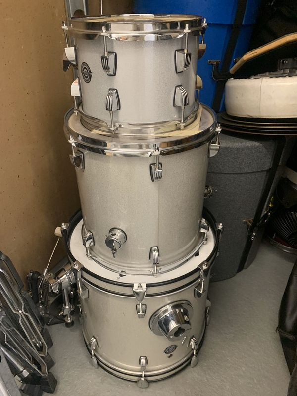 Ludwig questlove breakbeats Kit - comes with hardware and snare also (not shown)