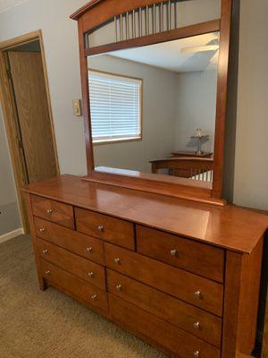 Bedroom Set (read description) for Sale in Brush Prairie, WA
