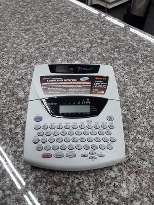 Brother PT-2400 Thermal Label Printer for Sale in Eastlake, OH