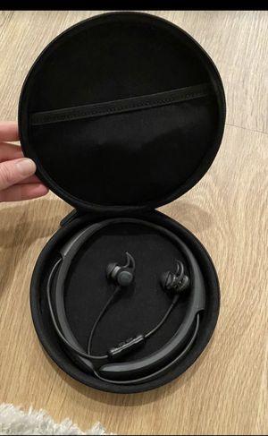 Bose Quiet Control 30 Wireless Earphones for Sale in San Lorenzo, CA