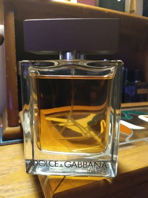 Almost brand new dolce and Gabbana the one for men for Sale in Tacoma, WA