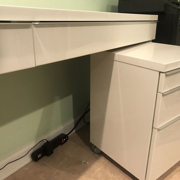 IKEA computer desk with 2 drawer units