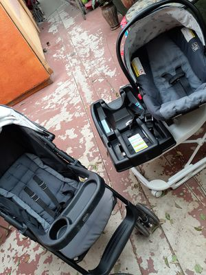 Graco car seat and stroller combo for Sale in Los Angeles, CA
