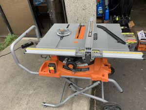 RIDGID 10INCH TABLE SAW WITH ALL ACCESSORIES INCLUDED! for Sale in Glendora, CA