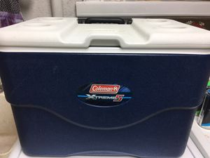 Large 75 Quart Rolling Cooler for Sale in Fairfax, VA