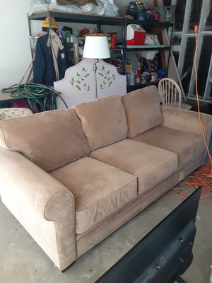 Brand new couch NEVER USED 2 weeks ago for Sale in Torrance, CA