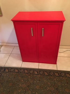 Stand, pet bed all in one. Retractable, wood color red for Sale in Houston, TX