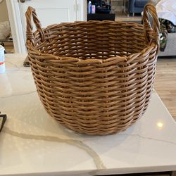 Wicker Basket - Medium Size for Sale in Chicago,  IL