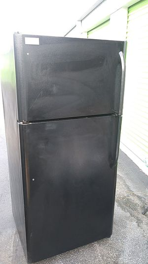 Frigidaire Deluxe for Sale in Washington, DC