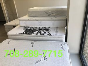 ORTHOPEDIC PILLOWTOP MATTRESS AND BOXSPRING - for Sale in Chicago, IL