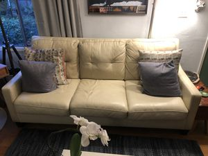 Off white leather pull out sofa/ couch with Queen memory foam pull out bed for Sale in Oakland, CA