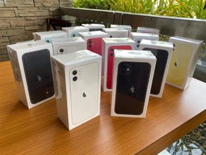 iPhone 11 / iPhone 11 max for Sale in Waynesfield, OH